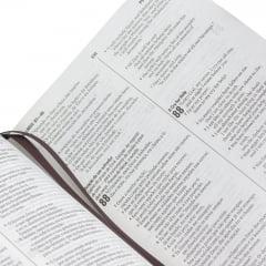 BÍBLIA BILÍNGUE PORTUGUÊS – INGLÊS - Capa luxo cod 1119